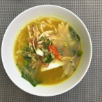 Soto Kudus (chicken soup with glass noodles)